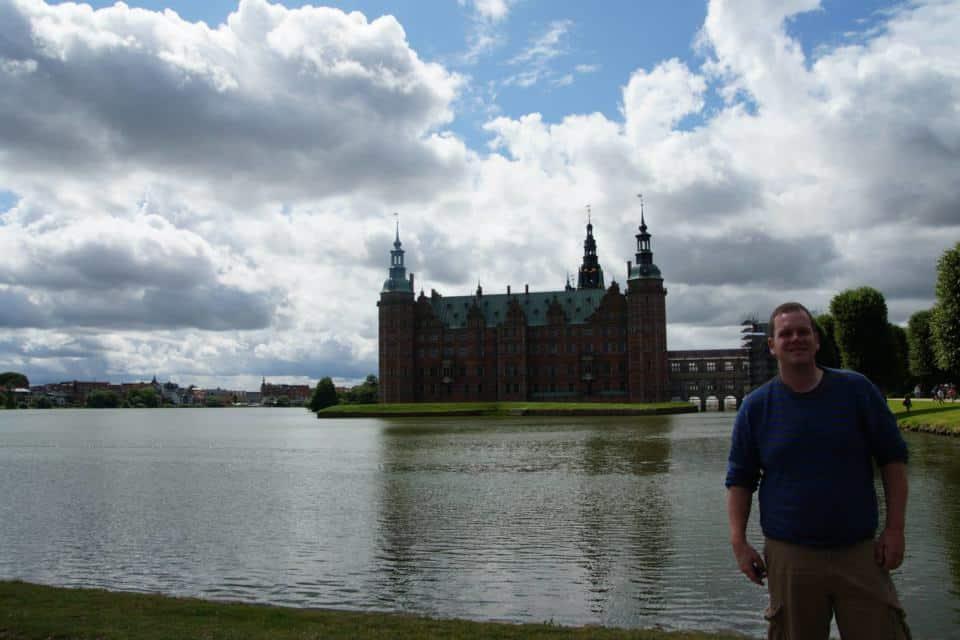 Walking around the lake and via the gardens