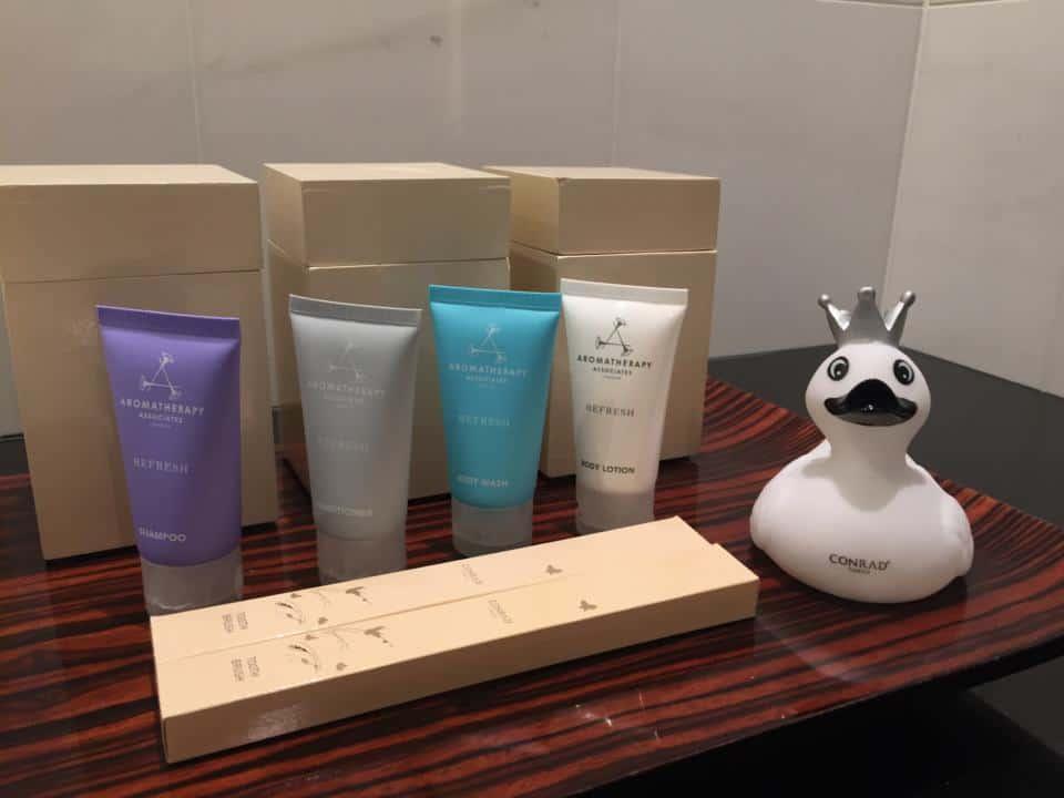 The bathroom amenities at the Conrad Tokyo