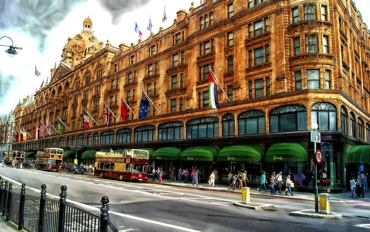 Harrods - what to do in london on a rainy day