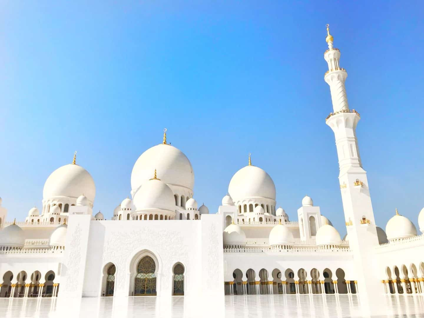 Ultimate Abu Dhabi Itinerary (1-7 days in the UAE Capital)