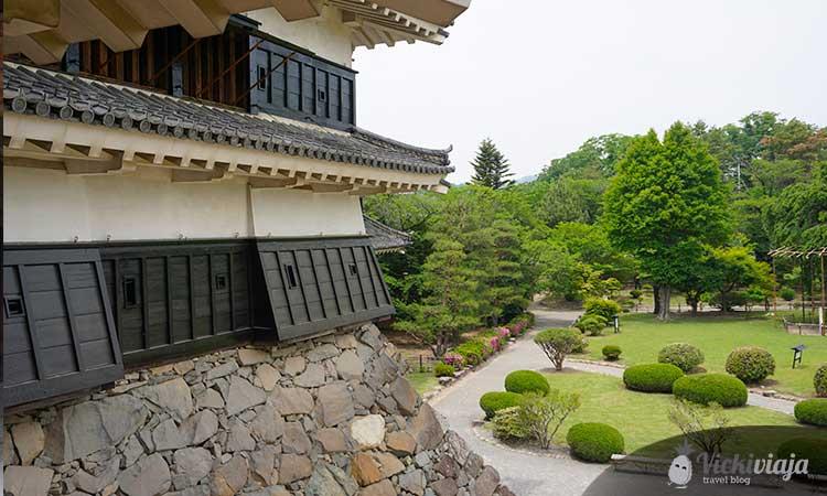 Crow Castle Matsumoto vicki viaja.jpg