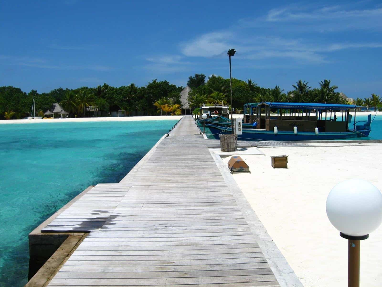 Best Maldives Resorts with Speed boat transfer