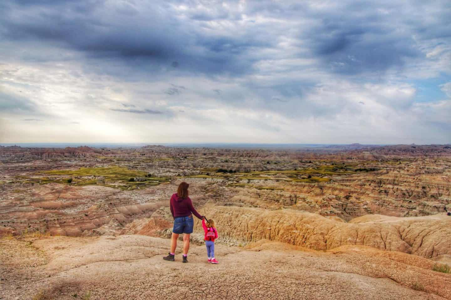 Easy and Best Hikes in Badlands National Park