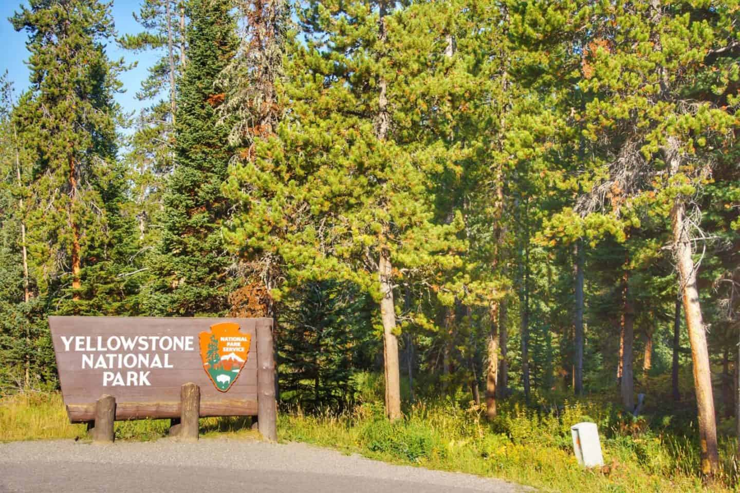 Best Places to Stay Near Yellowstone National Park