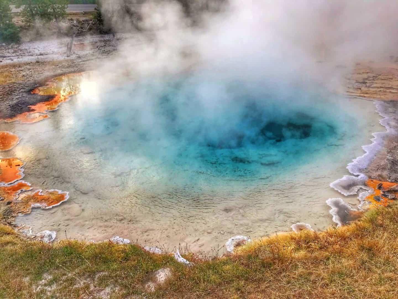 Yellowstone Itinerary Ideas (1-4 Day Yellowstone itinerary Suggestions)
