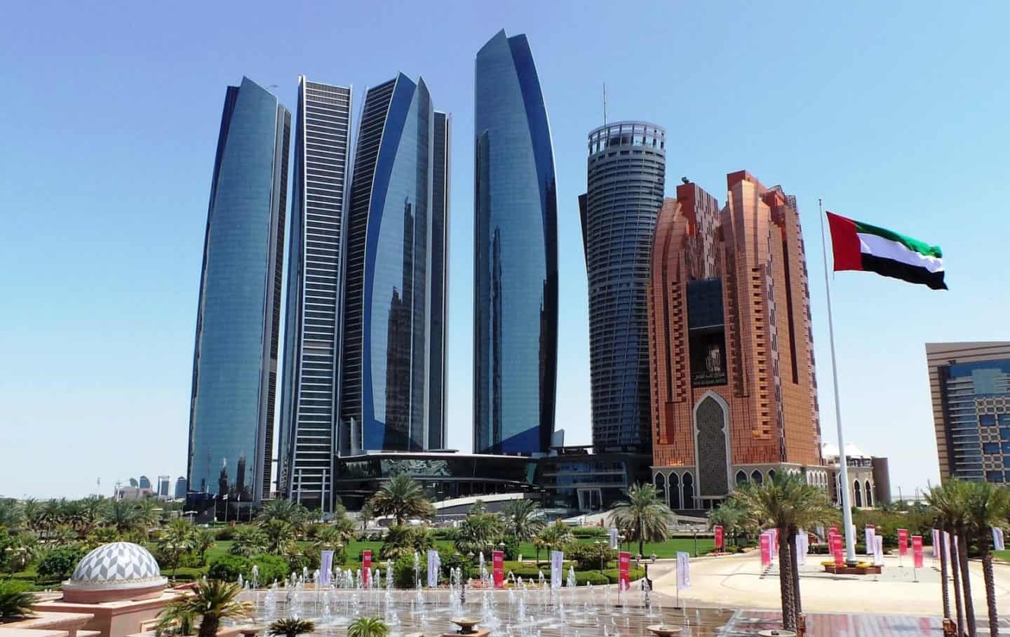 Ultimate Guide to Where to Stay in Abu Dhabi