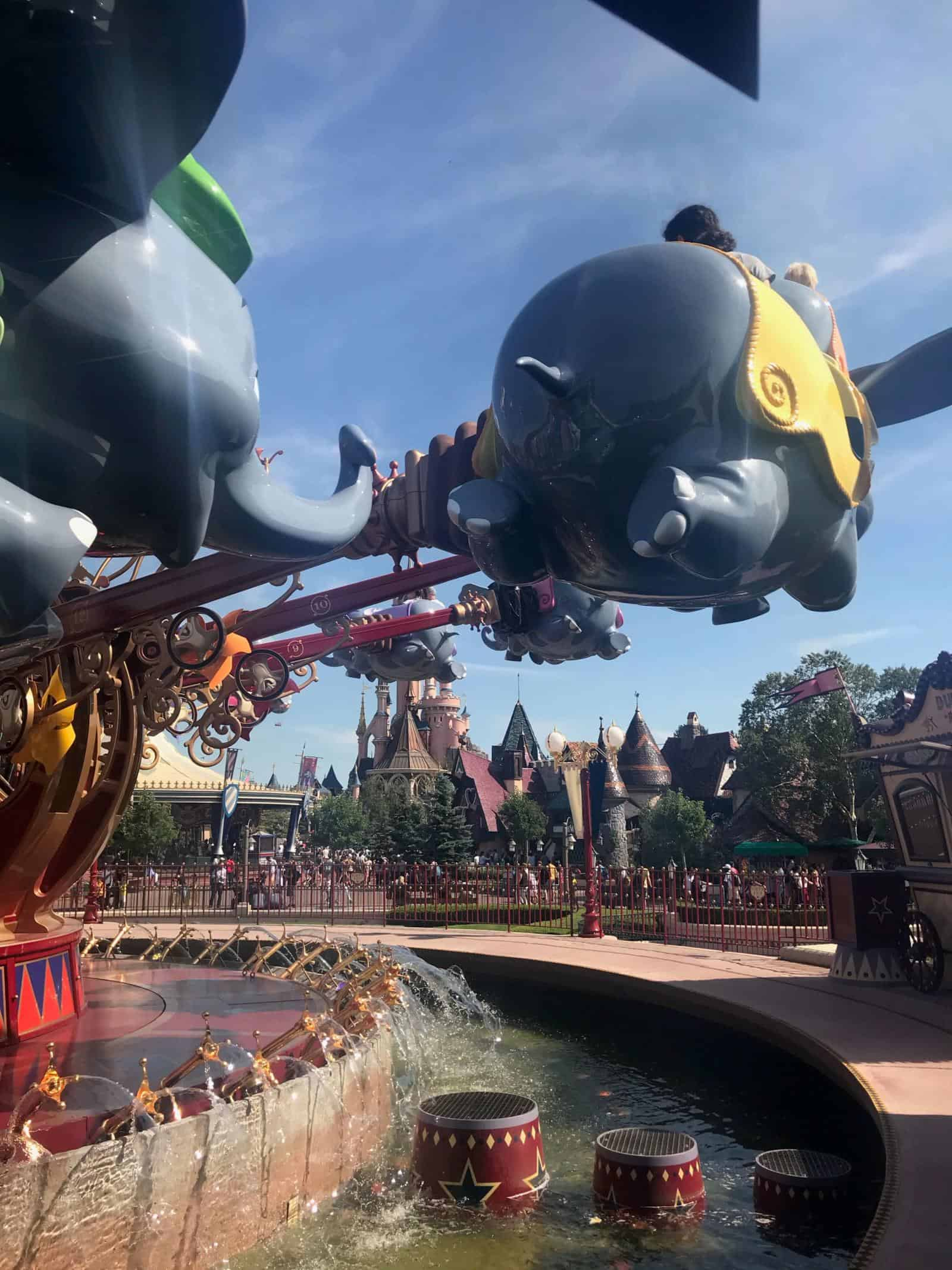 Disneyland Paris with toddlers and baby tips - why dumbo is the best disneyland paris rides for toddlers