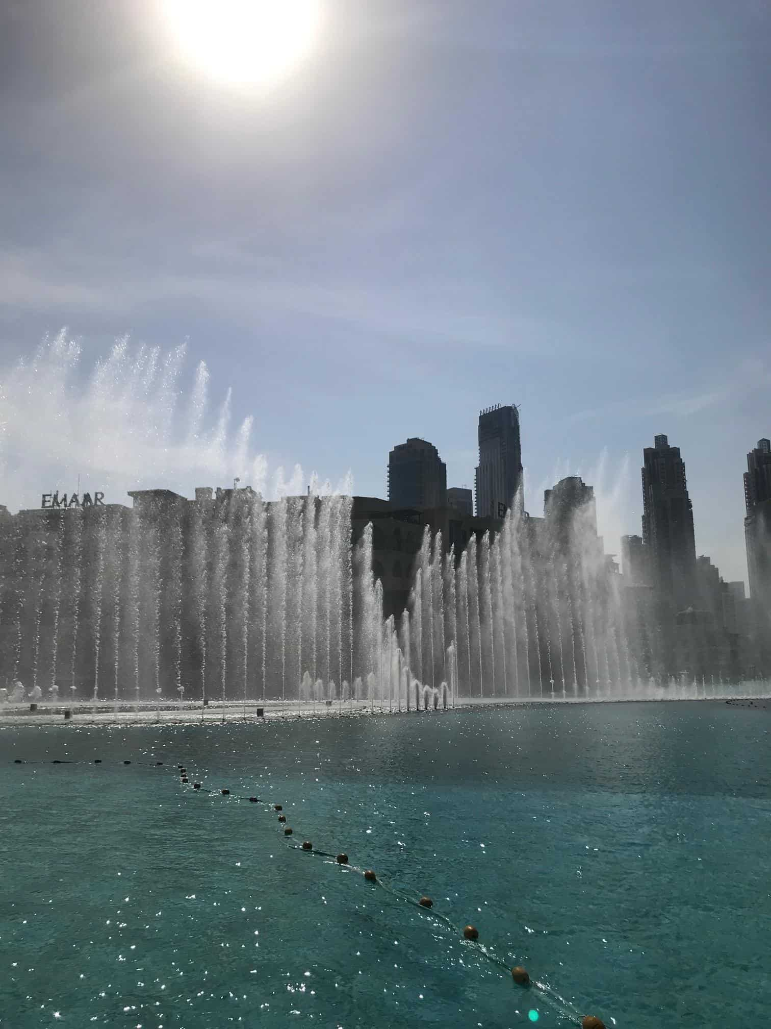 Dubai Fountains - what to see on a dubai babymoon and tips for travelling to Dubai while pregnant