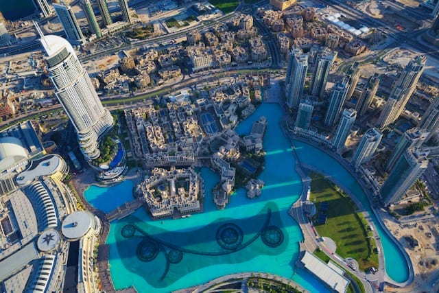 Tips for Visiting the Burj Khalifa - the best indoor things to do in Dubai